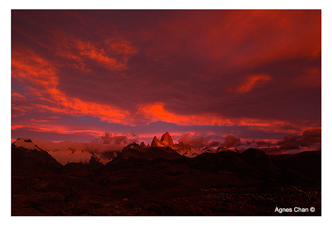 Sunrise over the village of El Chaltén with Mount Fitz Roy in the background by Agnes Chan ©