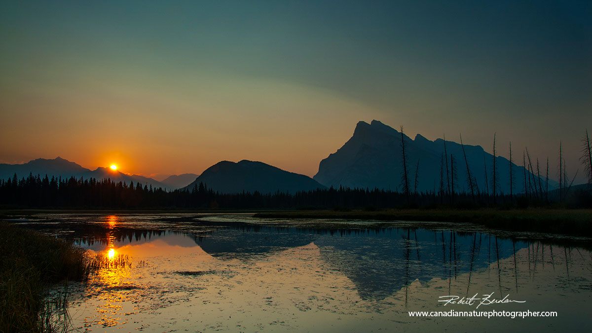unrise Vermilion lake with Mt. Rundle on the right outside of Banff Townsite Robert Berdan ©