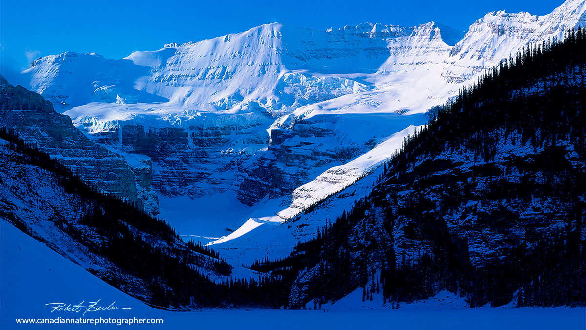 lake Louise in January mid day by Robert Berdan ©