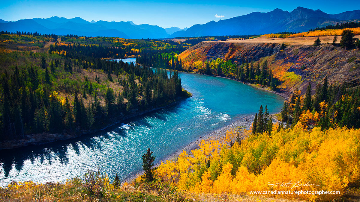 Bow river valley in Autumn from Stoney Plain Park Robert Berdan ©