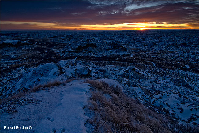Sunrise Dinosaur park in winter - as is no retouching by Robert Berdan ©