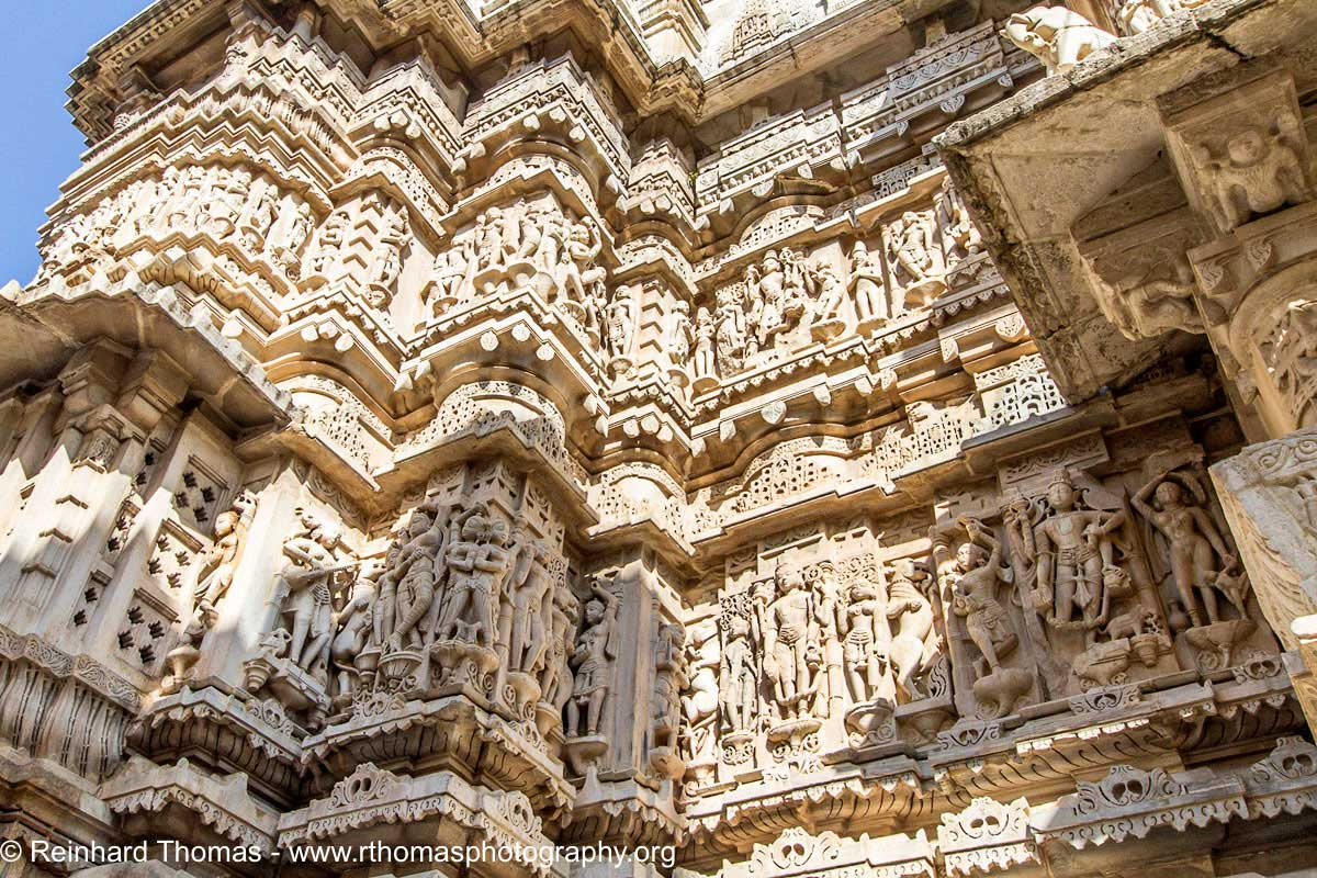Temple wall in Udaipur by Reinhard Thomas ©