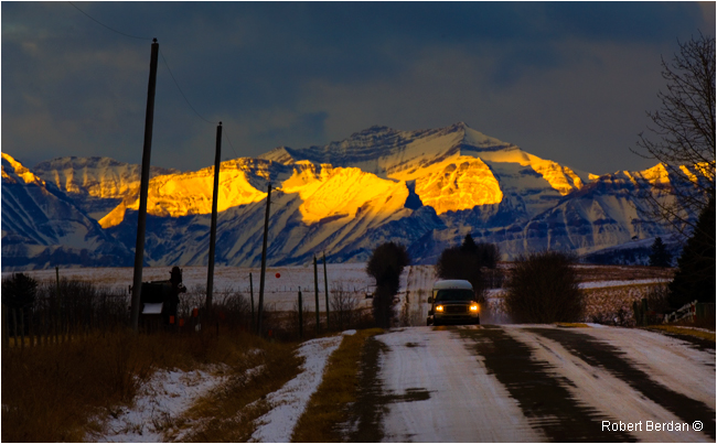 Backroad near Black Diamond, Alberta by Robert Berdan ©