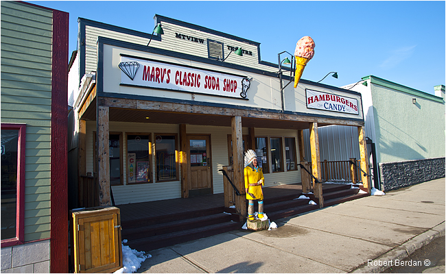 Marv's Classic Soda Shop in Black Diamond by Robert Berdan ©