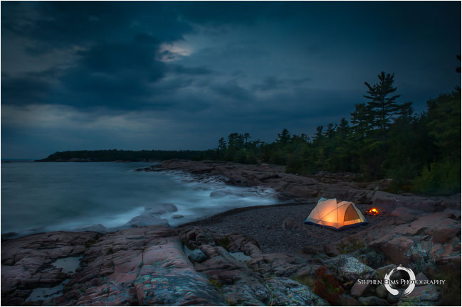 Tent at night Killarney provincial park by Stephen Elms ©