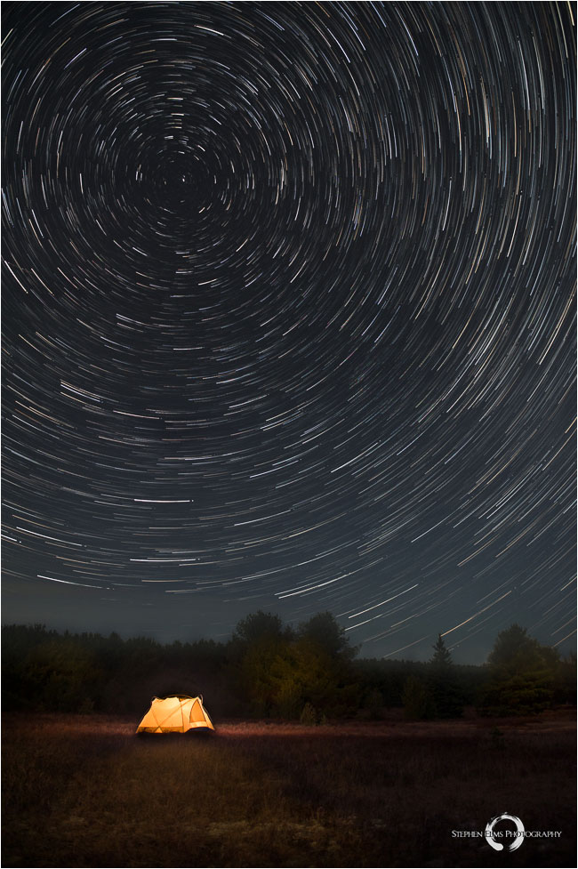 Tent and star trails by Stephen Elms ©