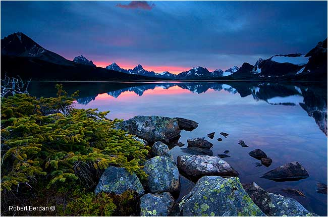 Sunrise over Amethyst Lake by Robert Berdan