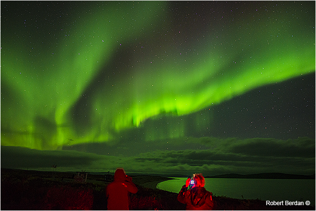 Adrienne and Betsy photographing the Aurora over point lake, NWT by Robert Berdan ©
