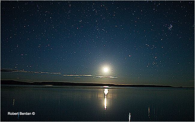 Moon rise over Point lake Northwest Territories by Robert Berdan ©