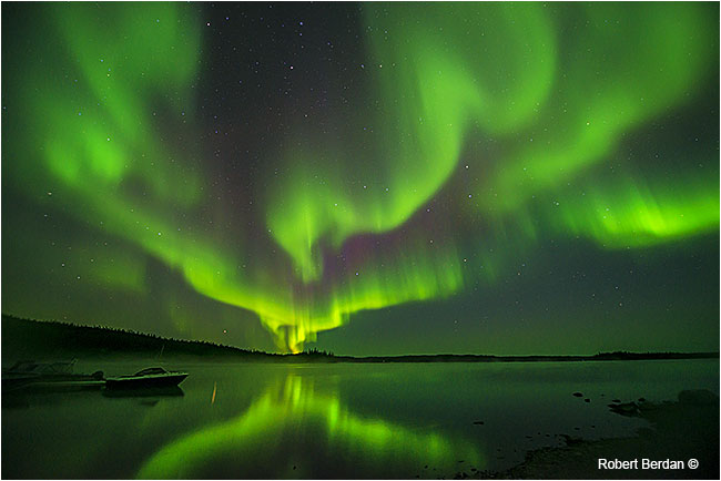 Aurora borealis over Prelude lake, northern lights, by Robert Berdan ©