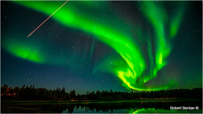 Meteor and aurora borealis at Aurora village near Yellowknife by Robert Berdan ©