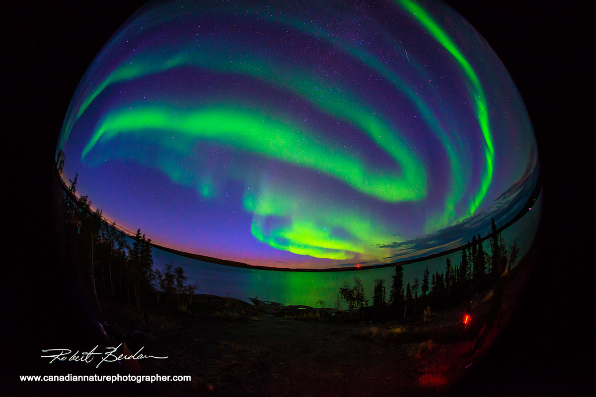 The aurora over prosperous lake photographed with a Nikon 10.5 mm F2.8 fish-eye lens Robert Berdan ©