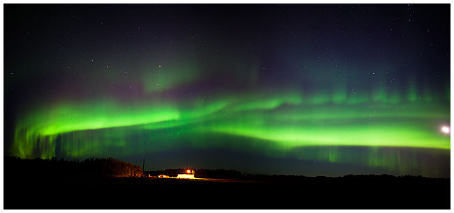 Aurora panorama by Robert Berdan ©