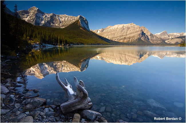 Uppler Lake Kananaskis viewed from the south end by Robert Berdan ©