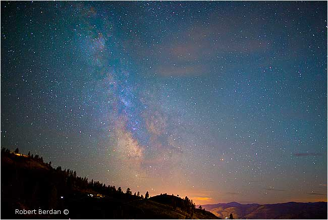 Milky way from Observatory B&B by Robert Berdan  ©
