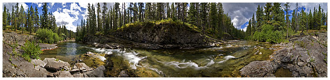 Oldman river panorama by Robert Berdan ©