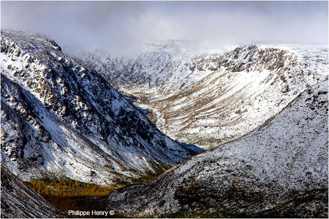 Gaspesie Mount Albert with first snow by Philippe Henry ©