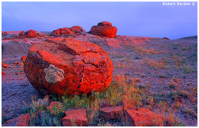 Red rock coulee at sunset by Robert Berdan