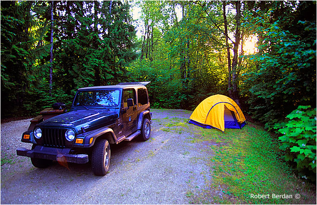 Camping at Blanket Creek provincial park by Robert Berdan ©