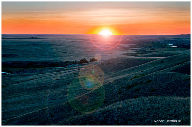 Sunrise Writing-on-Stone provincial Park by Robert Berdan ©