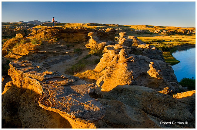 Photographer on Hoodoos at Writing-on-Stone Provincial Park by Robert Berdan ©