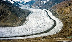 Kaskawulsh Glacier from the Air by Robin and Arlene Karpan ©