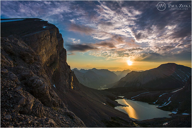 Block lake at sunrise by Paul Zizka ©