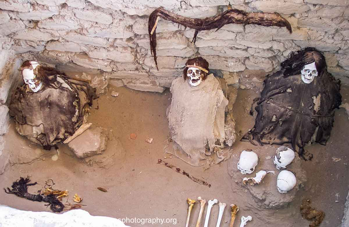 Ancient mummies at the Chauchilla (Nazca) cemetary by Reinhard Thomas ©