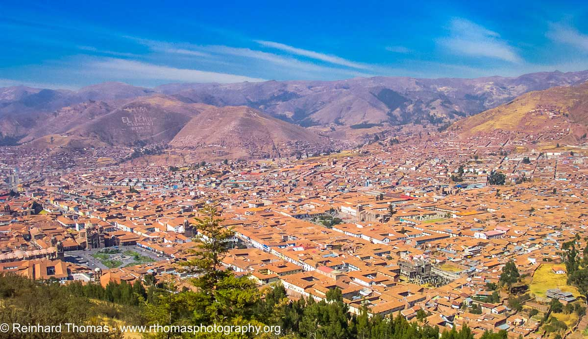Cuzco from Sacsayhuaman by Reinhard Thomas ©