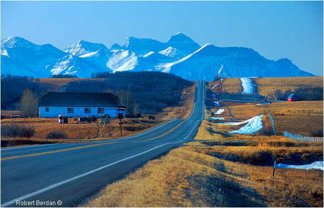 Highway 6 in Twin Butte, Alberta by Robert Berdan ©