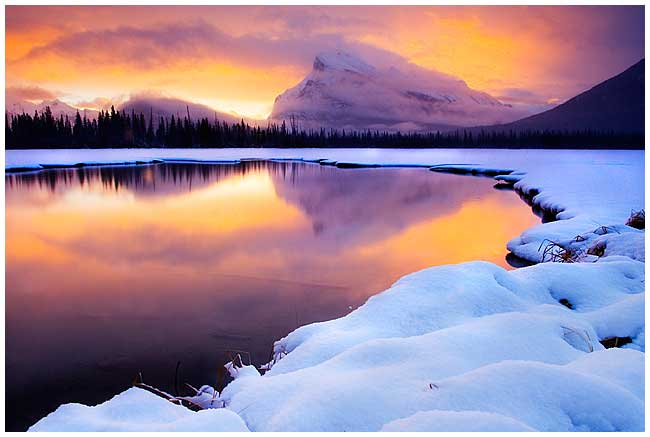 sunrise in January with Mount Rundle in the Background, by Robert Berdan ©