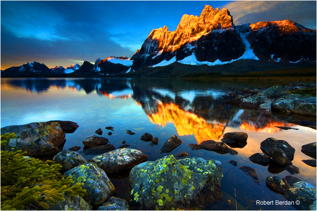 Amethyst Lake and the Ramparts in Tonquin Valley at sunrise by Robert Berdan ©
