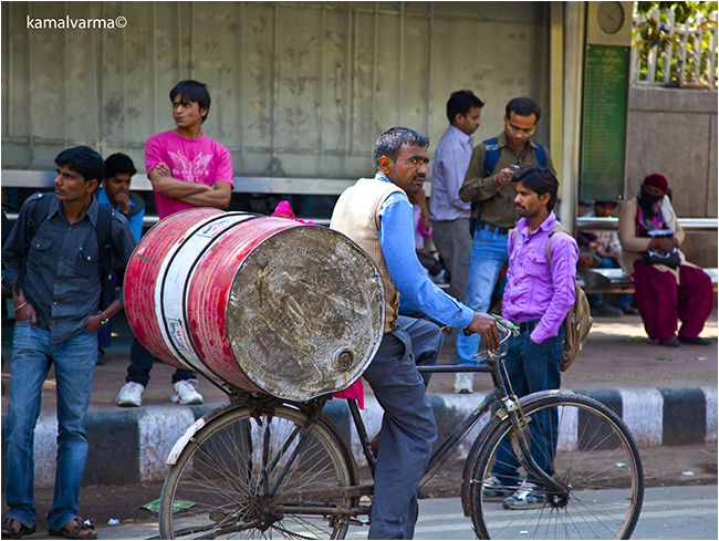 India bike transportation by Kamal Varma ©