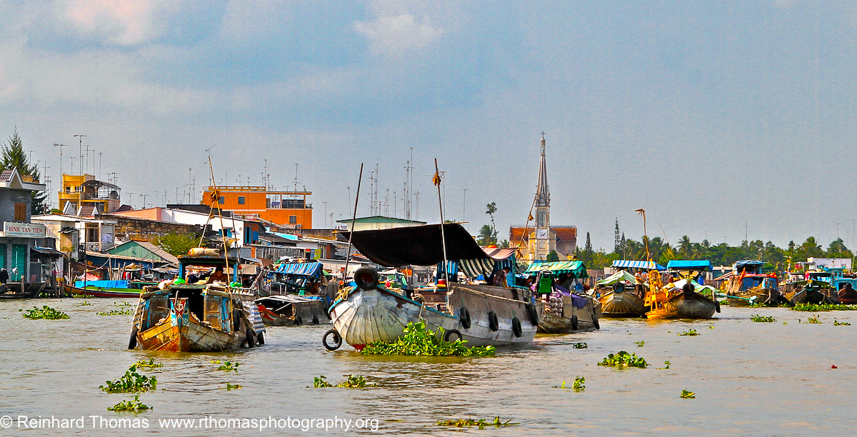 River Market Cambodia by Reinhard Thomas ©