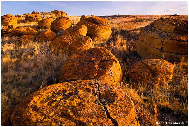 Concretions at Red Rock Coulee by Robert Berdan  ©