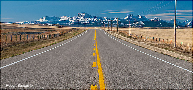 Highway 22 near Maycroft looking south by Robert Berdan ©